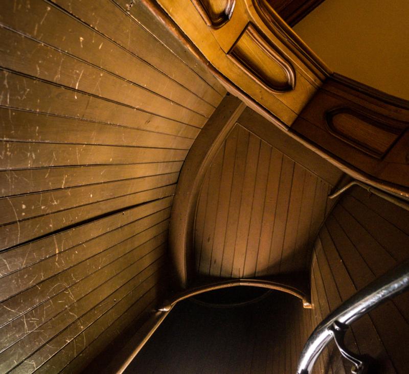 20171112 blog staircase basilica