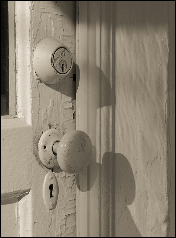 20160925 blog jones door knob