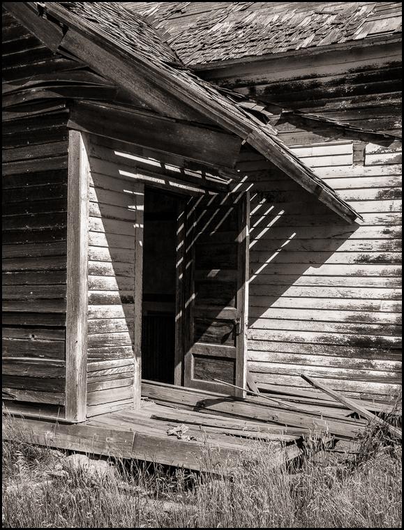 20180527 blog abandoned school North Dakota