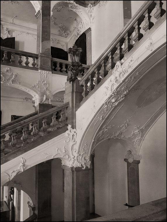 20190120 blog stairs Passau